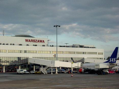 ve may bay di warsaw gia re
