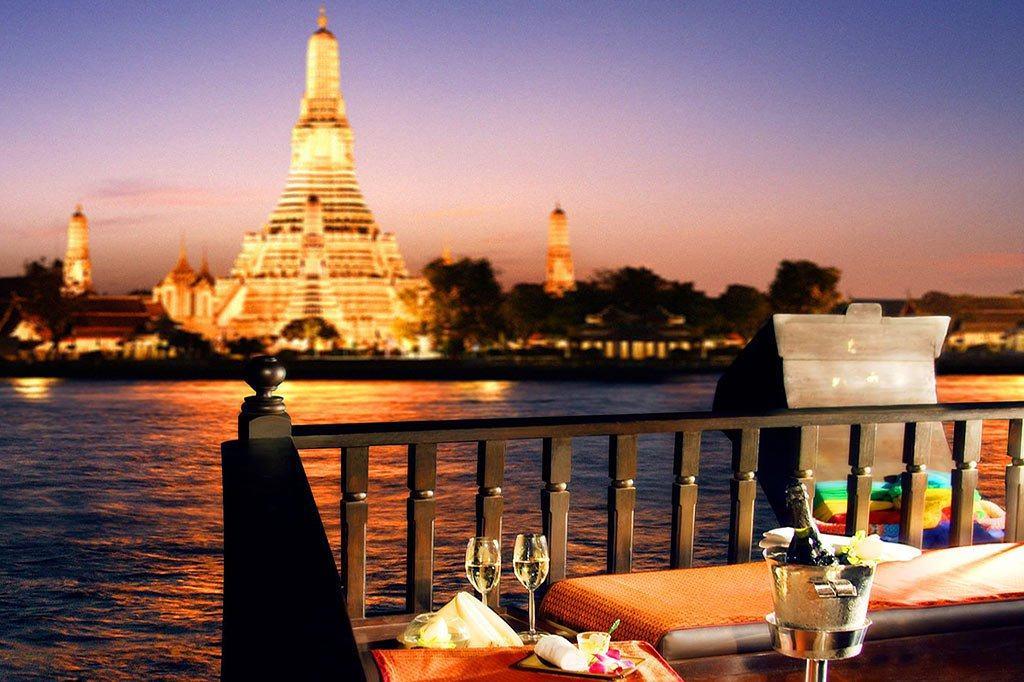 Du thuyền sông Chao Phraya miễn phí