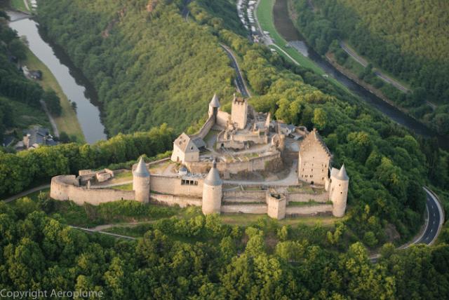 lâu đài luxembourg