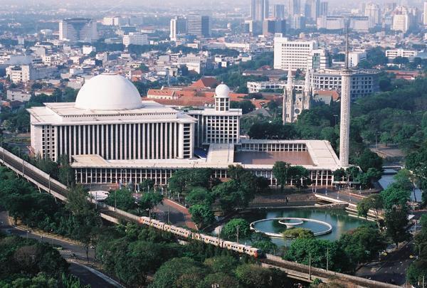 nhà thờ hồi giáo Mosque Istiqlal