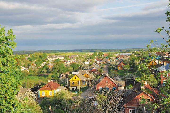 ngôi làng ở Troitskoye Predmestyle