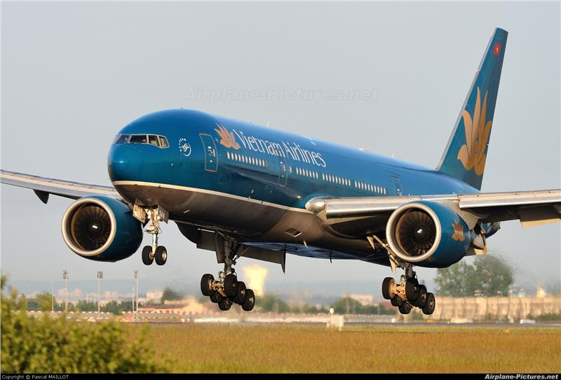 ve-may-bay-ha-noi-di-bangkok-vietnam-airlines