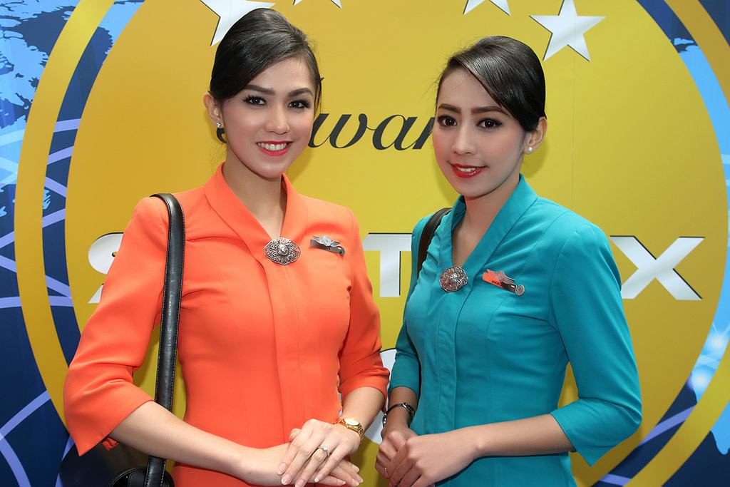 tiep vien indonesia airlines